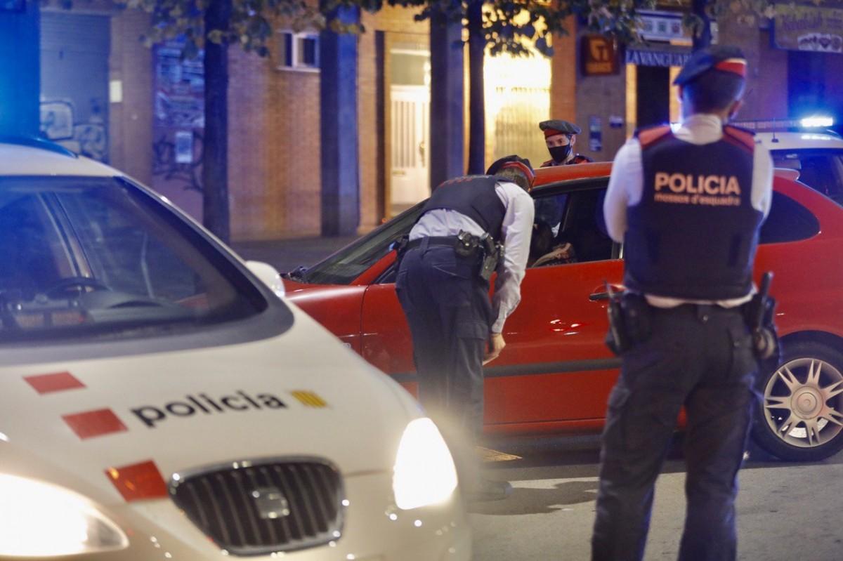 Control del toc de queda a Sabadell