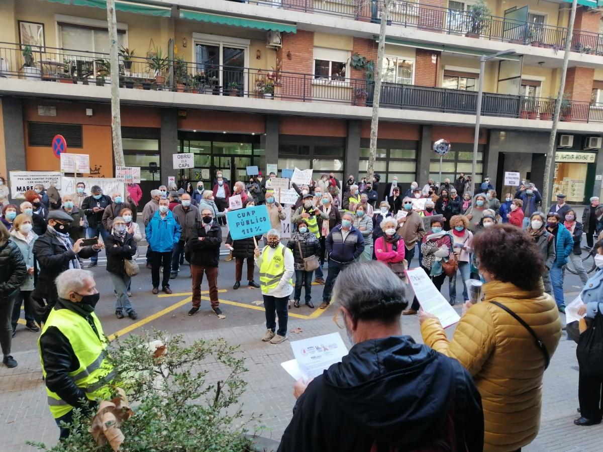 Imatge de la manifestació que ha aplegat a més de 300 persones d'arreu de la comarca