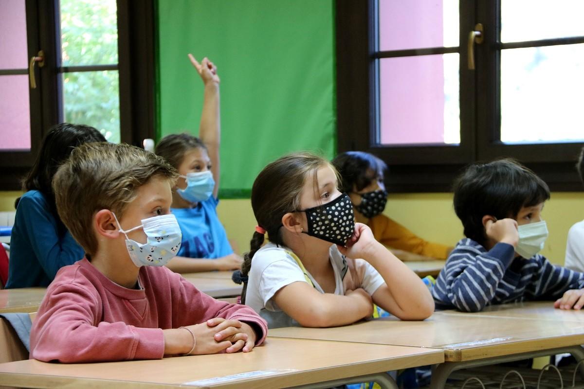 L'estudi assenyala que gairebé la meitat dels menors son asimptomàtics