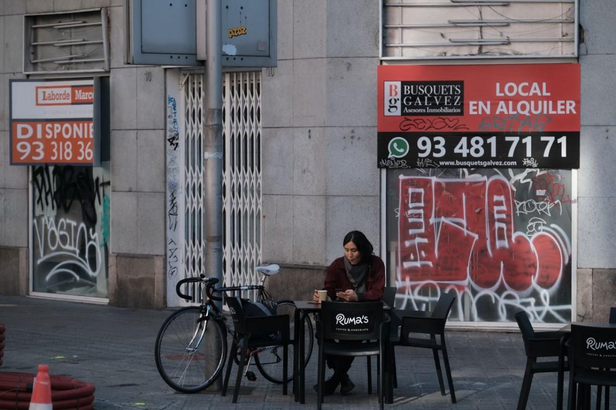 Primer dia de reobertura dels bars a Barcelona