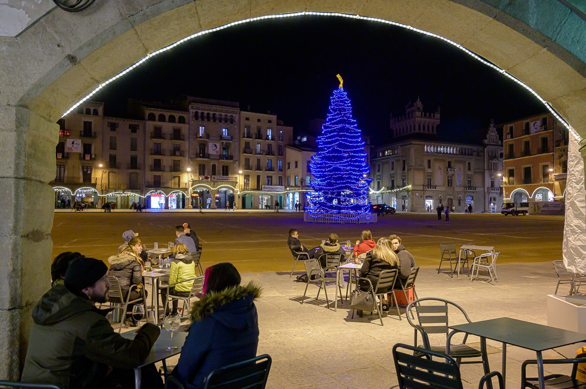 L'arbre de Nadal a la plaça Major de Vic
