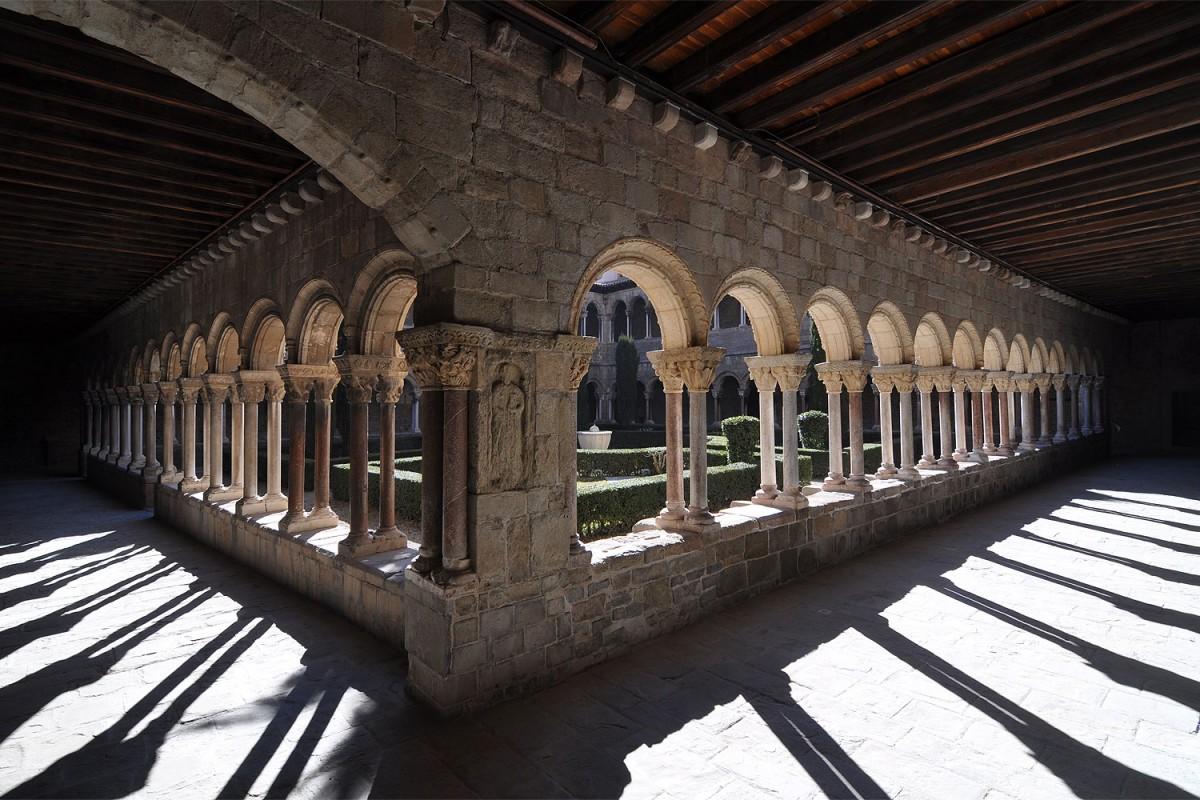 El monestir de Ripoll, un dels actius turístics de la comarca