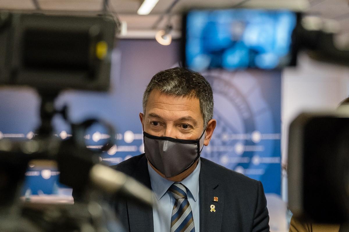 El conseller d'Interior Miquel Sàmper va participar a la Junta Local de Seguretat de Vic