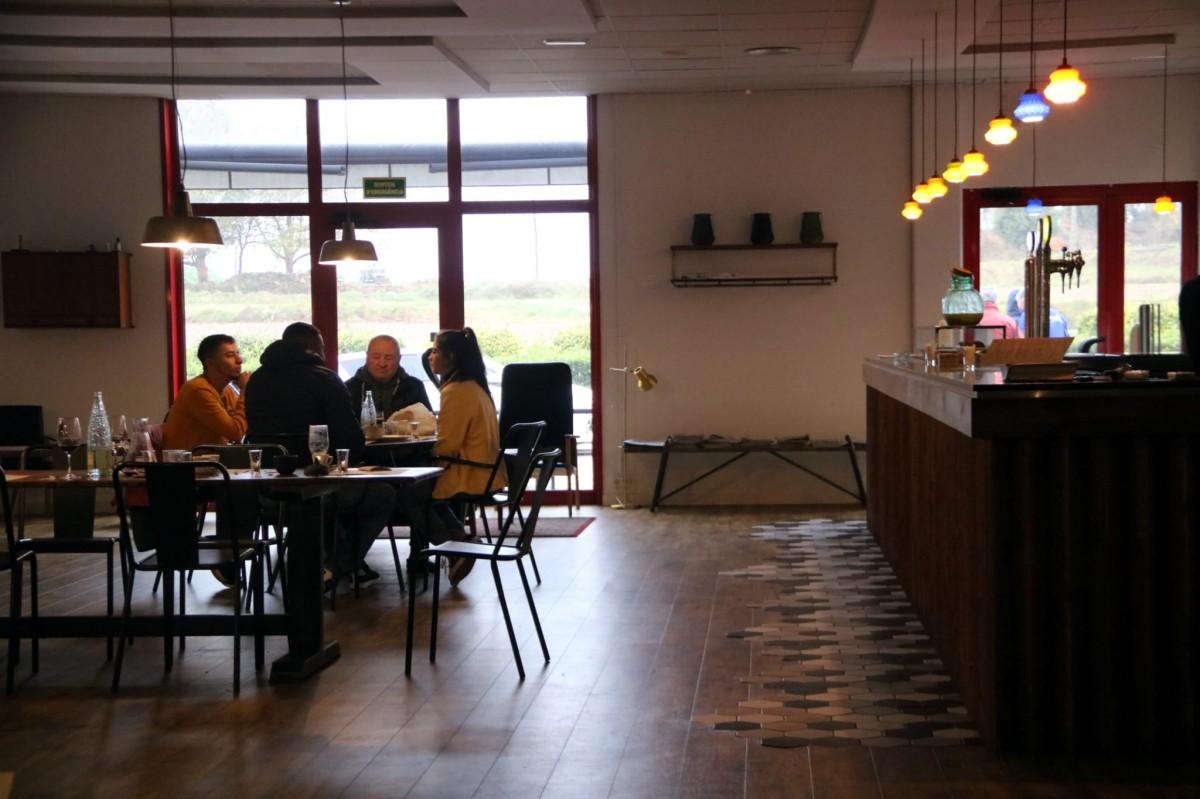 Pla general del restaurant Cal Trumfo de la Torre d'Oristà.