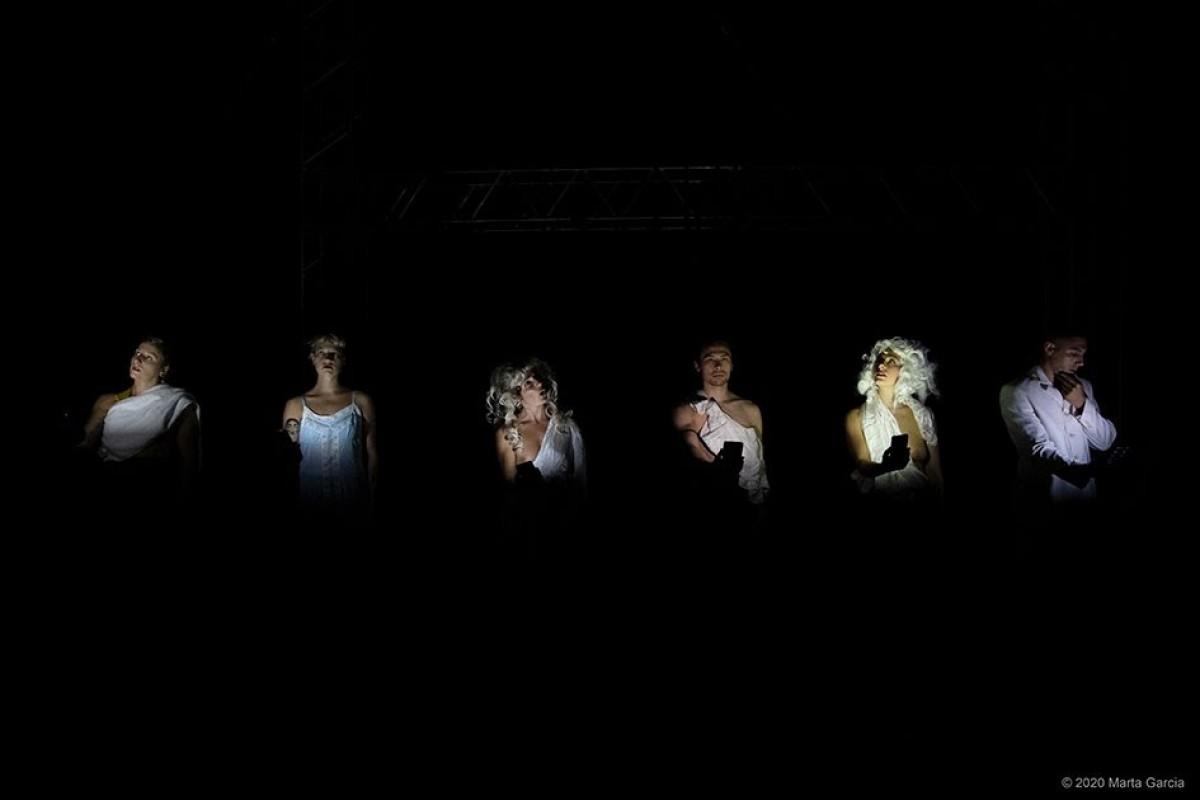 «Fins i tot la foscor» és l'espectacle del 25è Circ d'Hivern de l'Ateneu Popular 9 Barris