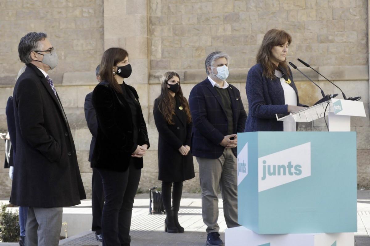 Laura Borràs amb els principals candidats de Junts a Sabadell