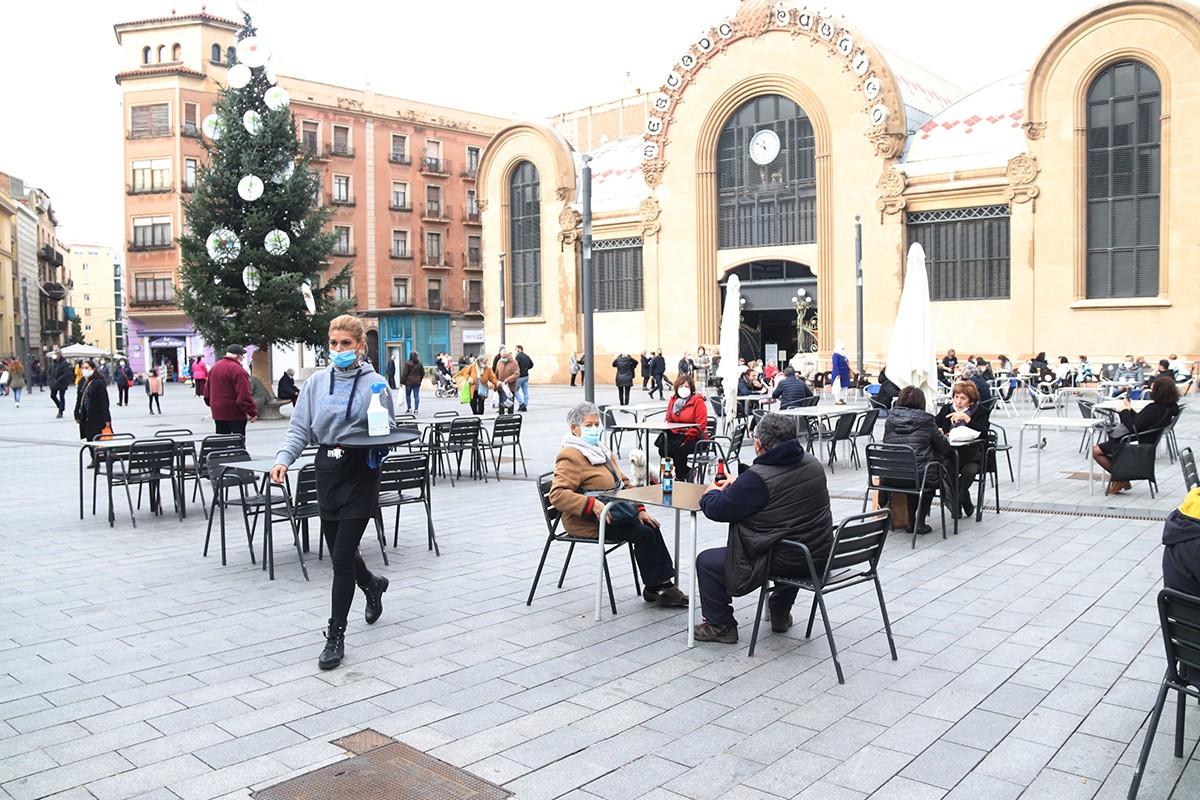 Terrasses a la plaça Corsini de Tarragona, en una imatge d'arxiu.