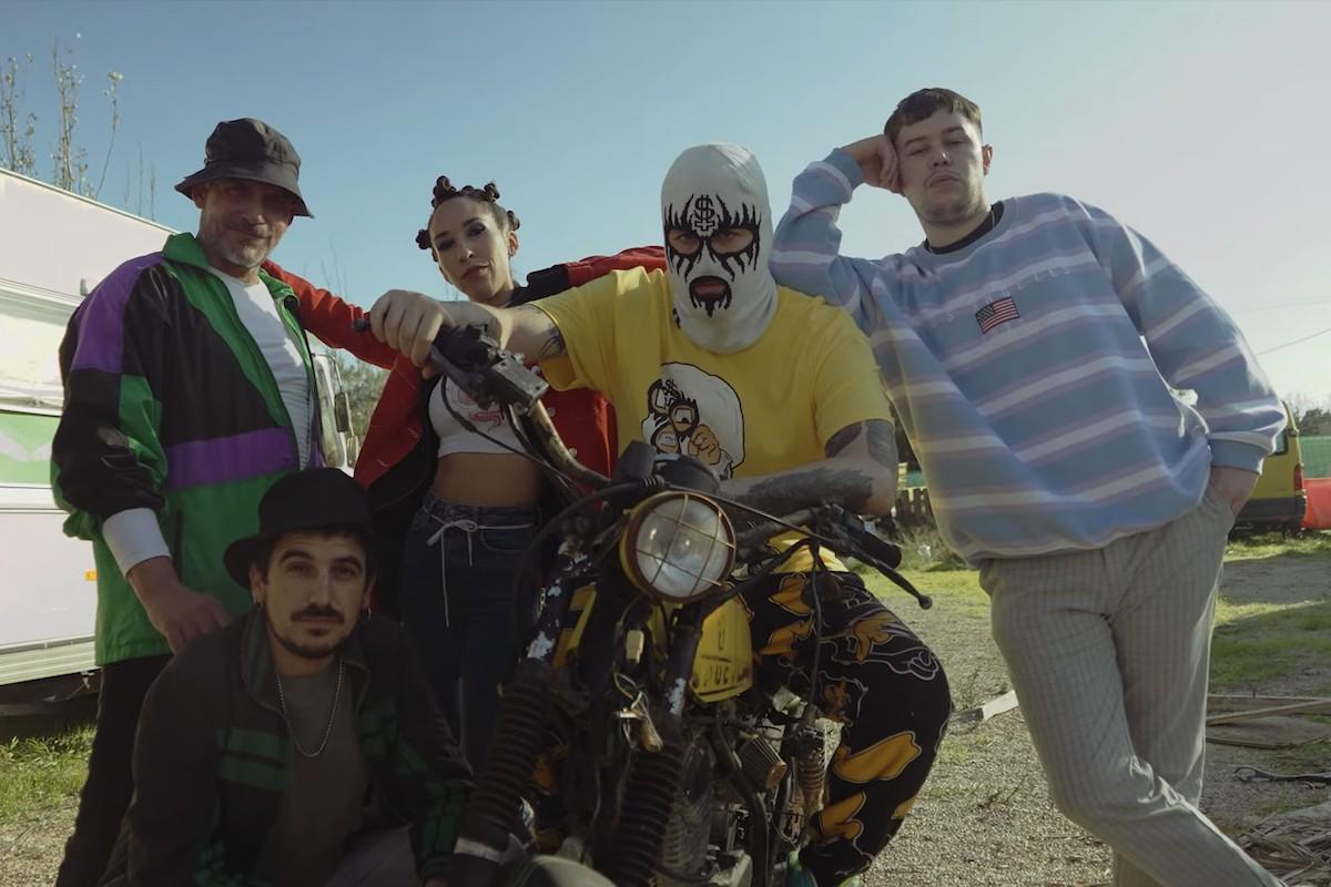 Zoo al videoclip «Avant»