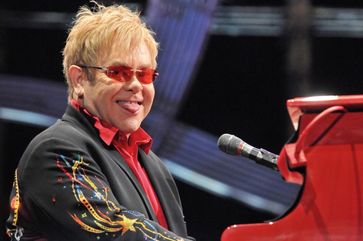 Fotografia de l'exposició 'Rock Viu': Elton John al Palau Sant Jordi