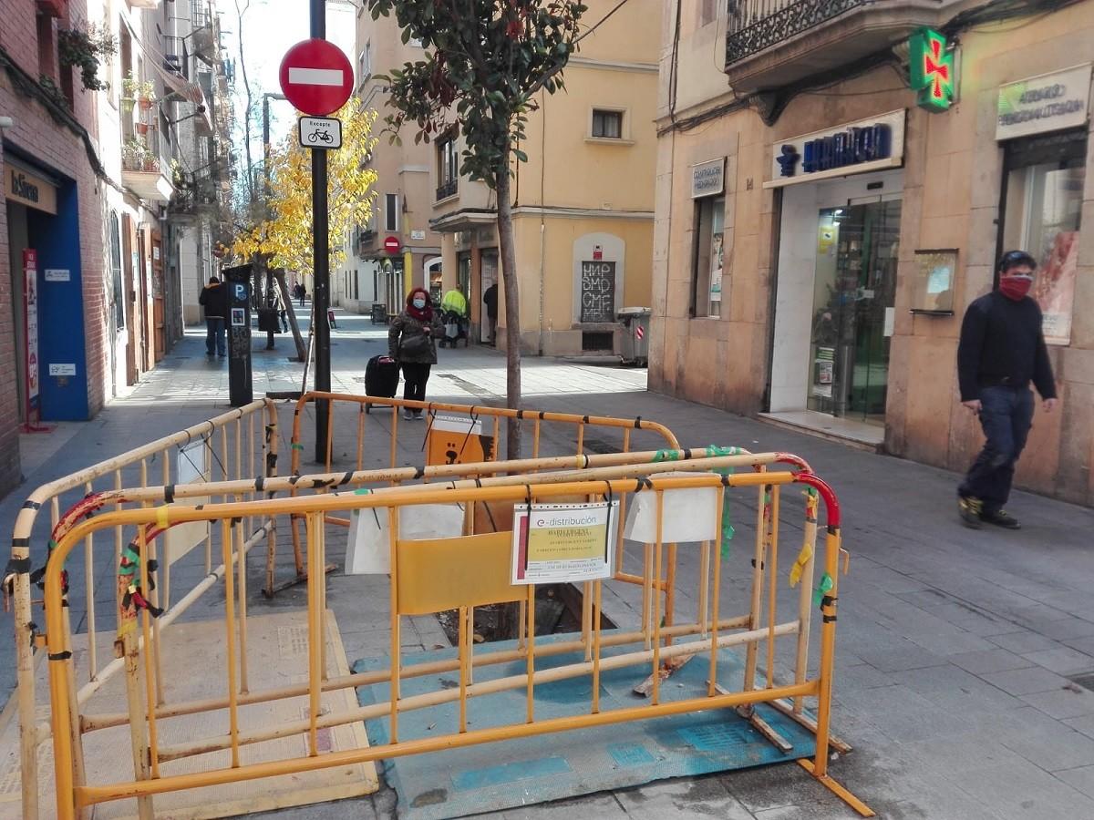 Reparació de la xarxa elèctrica a la Barceloneta
