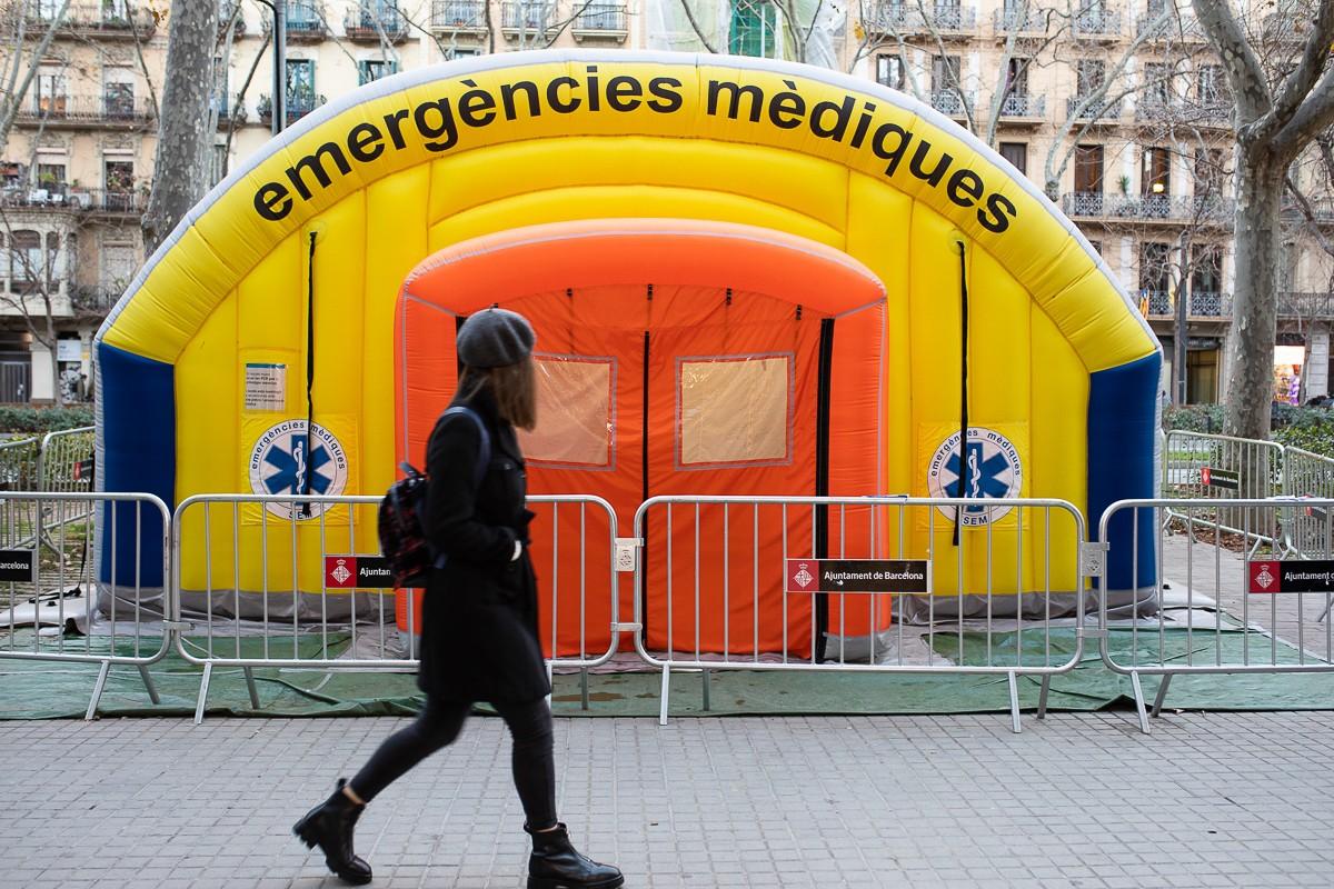Una carpa dels serveis sanitaris, a Barcelona