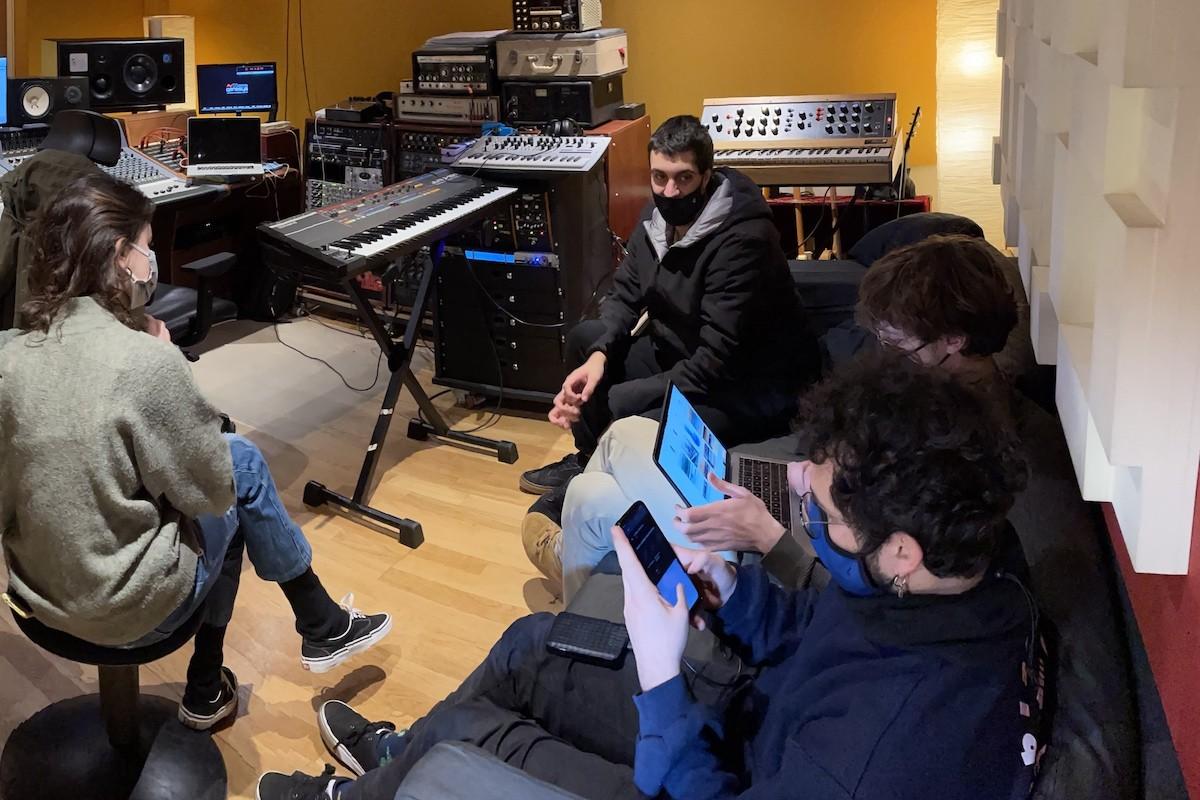 Reïna a Bucbonera Studios