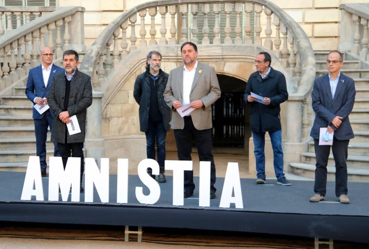 Els presos polítics durant un acte d'Òmnium per defensar l'amnistia