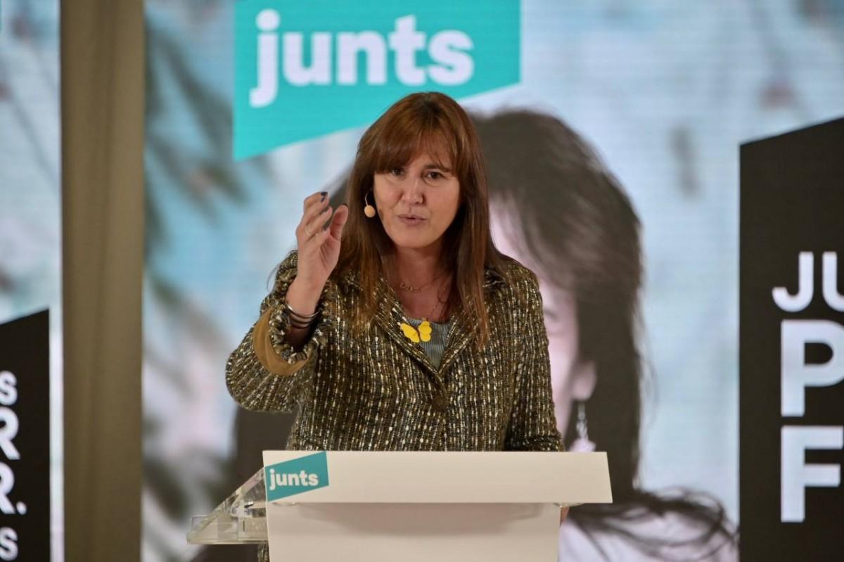 Laura Borràs, en un míting durant la campanya