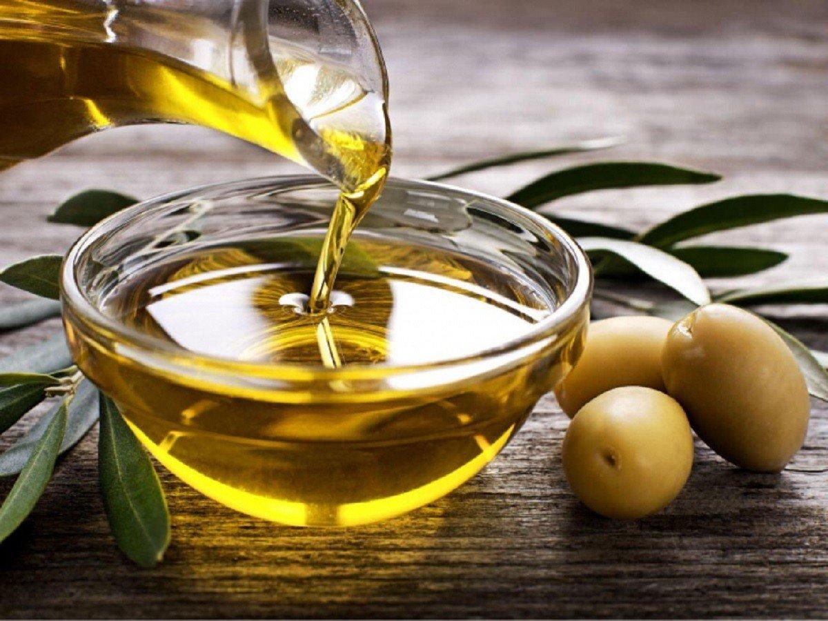 L'oli d'oliva és un dels productes més preuats de la dieta mediterrània.