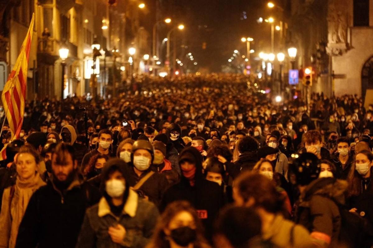 La protesta contra l'empresonament de Hasél ha omplert la Via Laietana en diverses ocasions