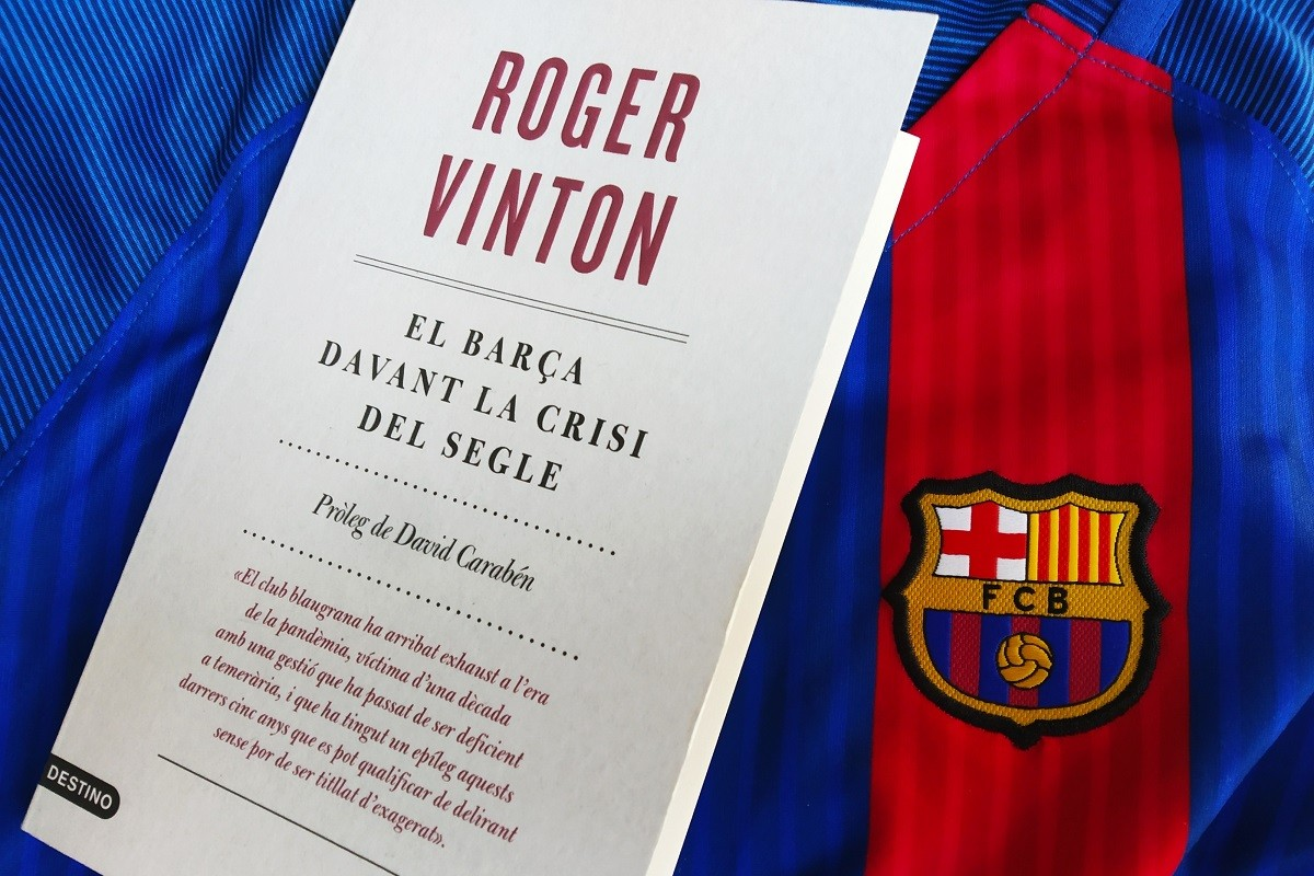Roger Vinton publica a Destino un opuscle sobre la crisi que viu el Barça
