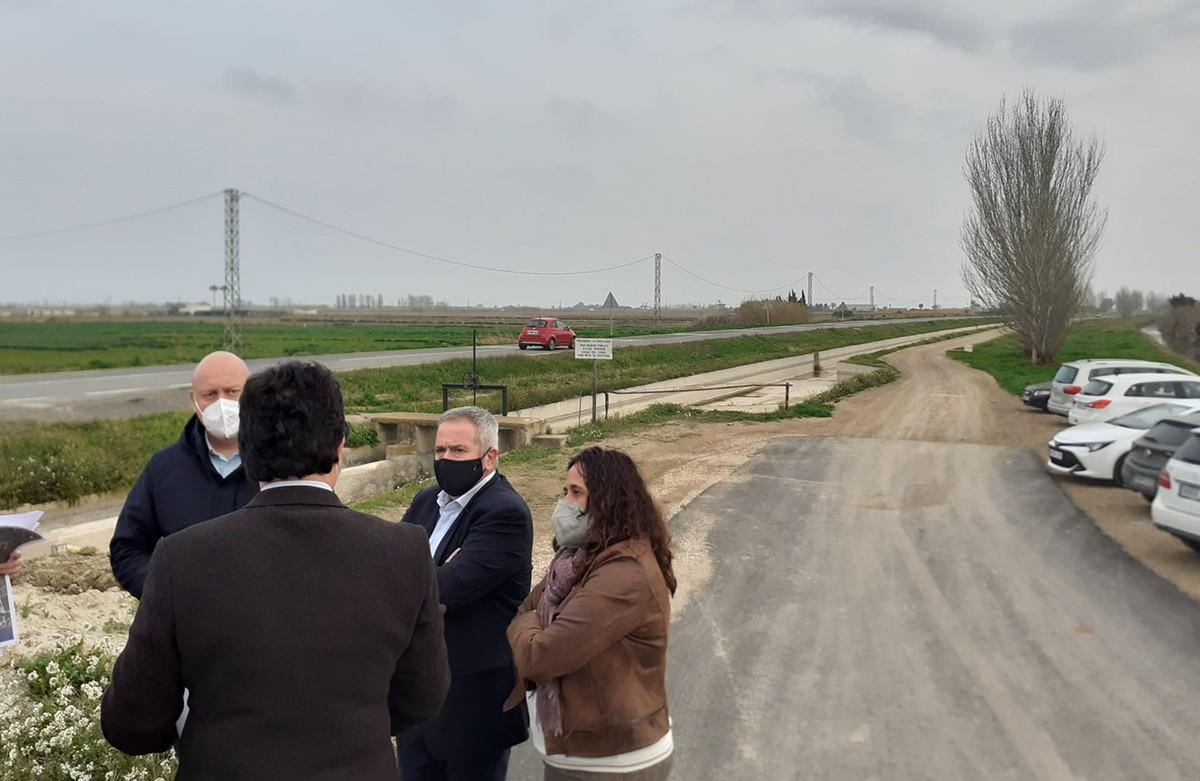 El secretari de d'Infraestructures i Mobilitat, Isidre Gavín, va visitar este dijous les obres amb les autoritats locals