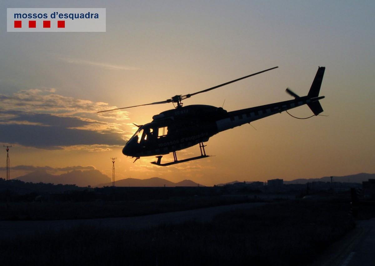 L'helicòpter anava equipat amb una càmera tèrmica que va permetre localitzar els escàpols