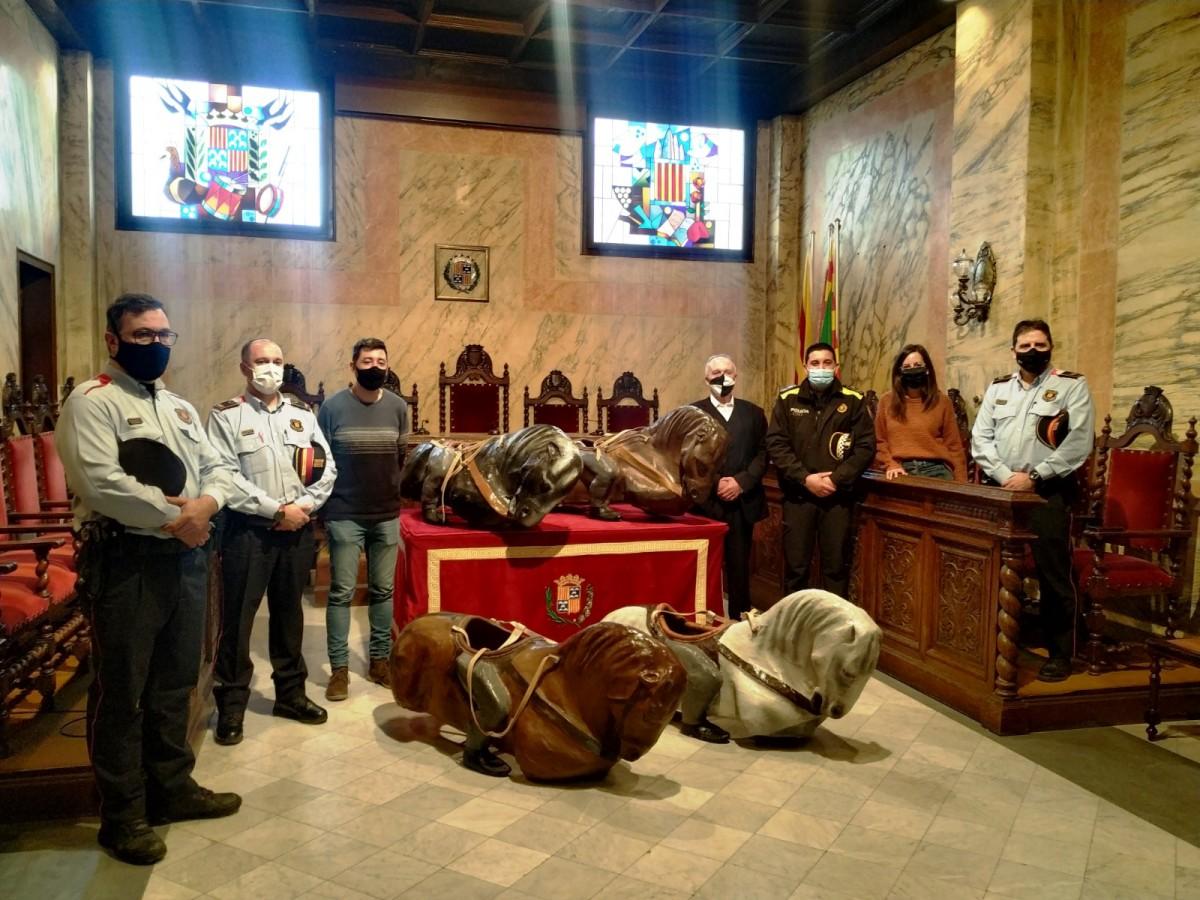 Acte d'entrega dels quatre cavallets a l'Ajuntament de Berga