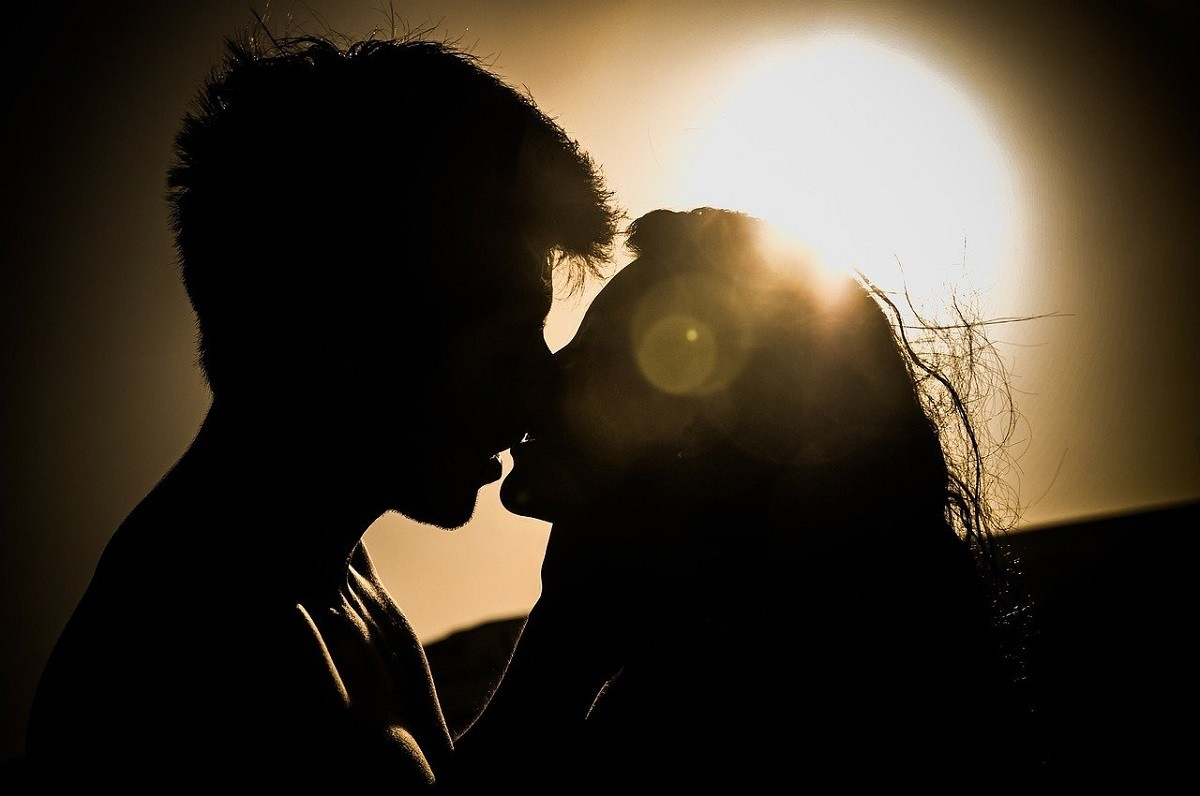 Un petó a contrallum.