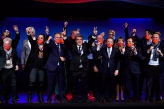Laporta se'n recorda de Messi en el seu primer discurs com a president