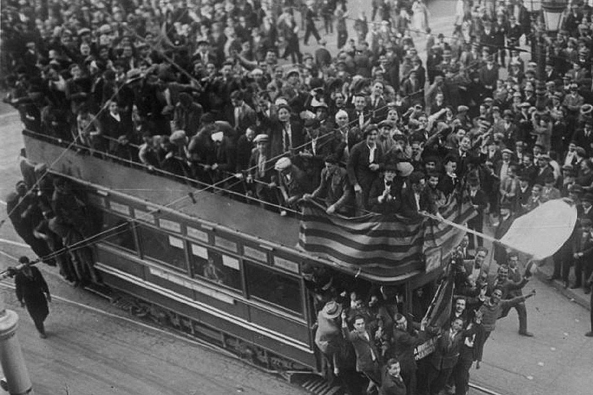 Una imatge de l'efervescència vicuda a Barcelona entorn el 12 d'abril de 1931