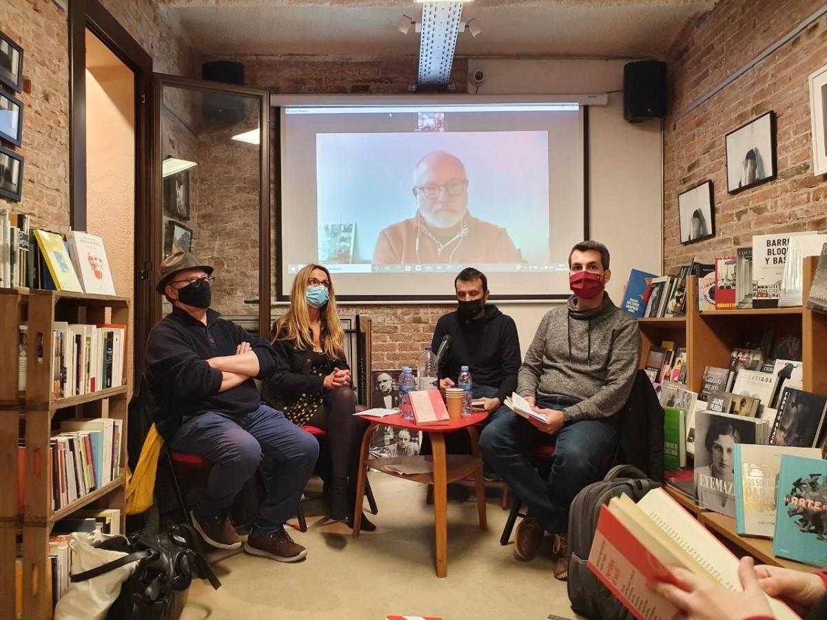 Aleix Renyé, Mònica Hernàndez, Pau Juvillà, Roger Tugas i Lluís Puig en la presentació avui a Barcelona