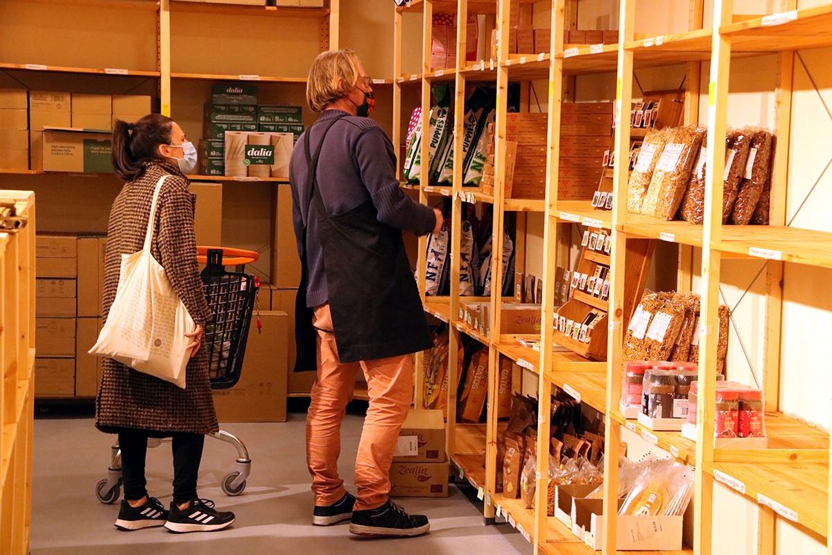 A Manresa s'ha obert el primer supermercat cooperatiu de Catalunya