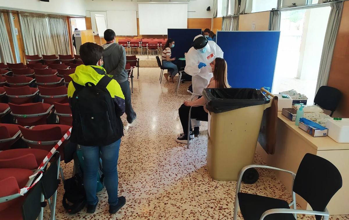 El cribratge al Campus Sescelades de la URV.