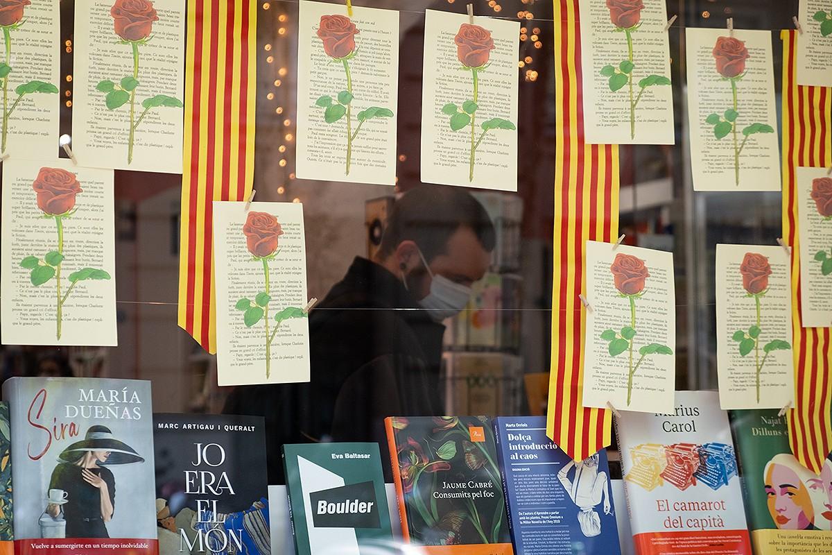 Un any després de viure el Sant Jordi confinat, el món de la cultura es prepara per tornar als carrers