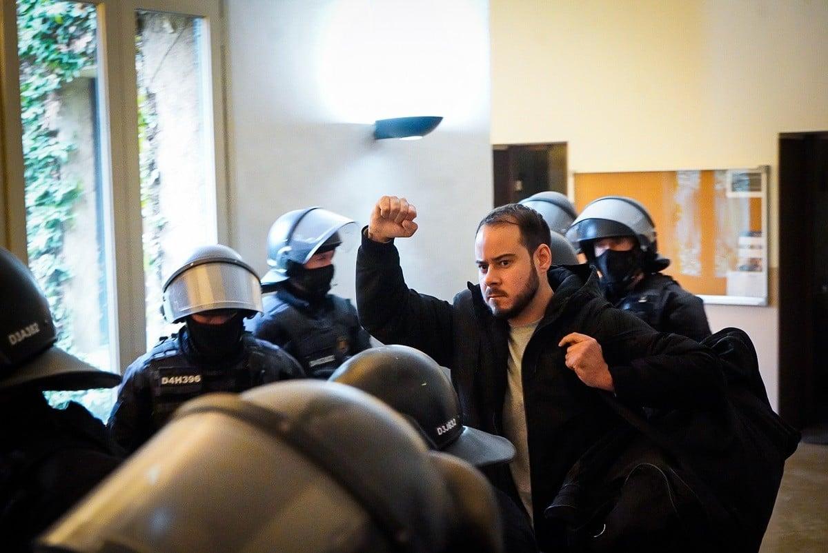 Pablo Hasél el dia que va ser detingut a la Universitat de Lleida