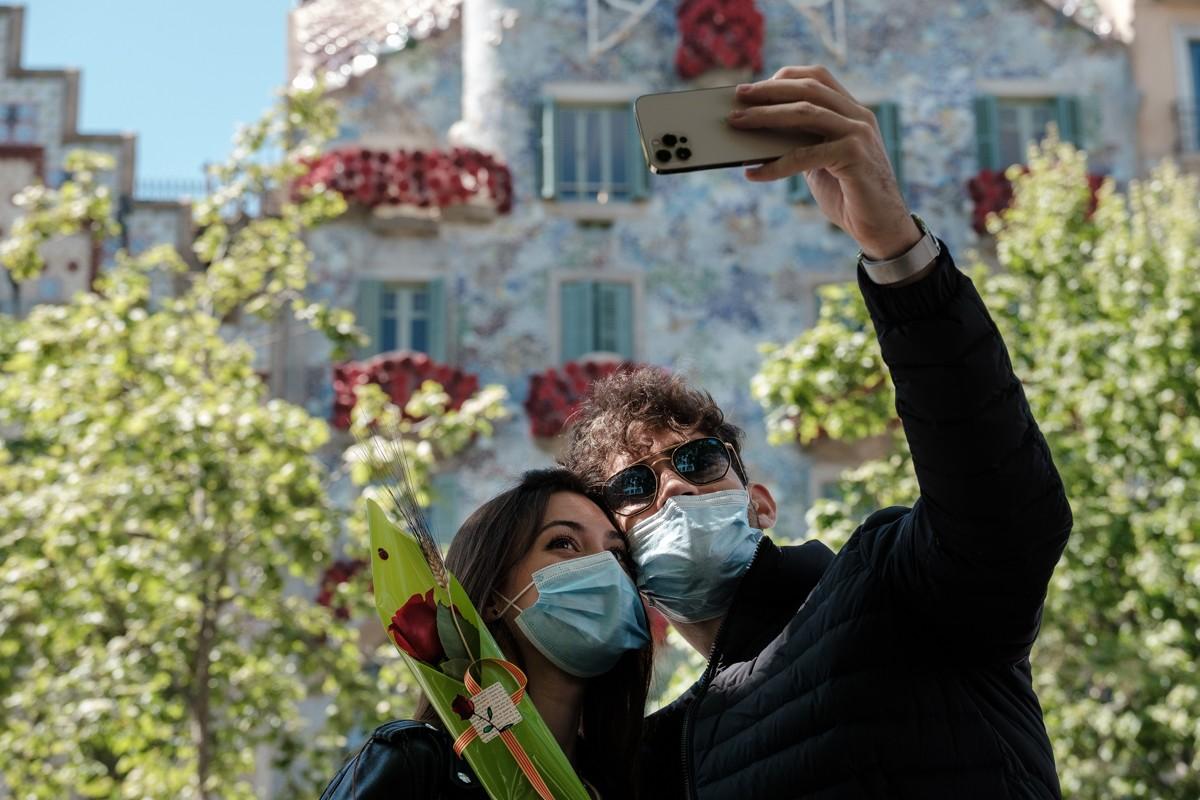 El selfie més buscat d'aquest Sant Jordi a Barcelona.