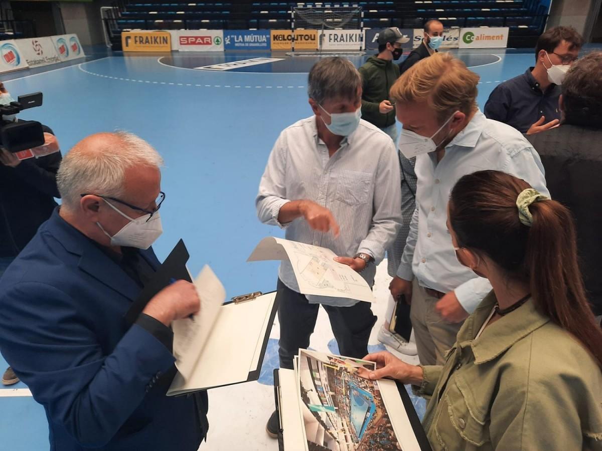 Imatge de la visita al Palau d'Esports