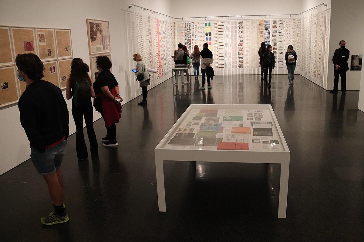 Una sala del MACBA durant la Nit dels Museus