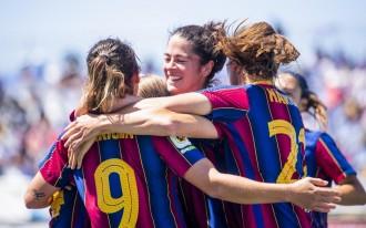 El Barça arrasa i guanya la lliga femenina de futbol