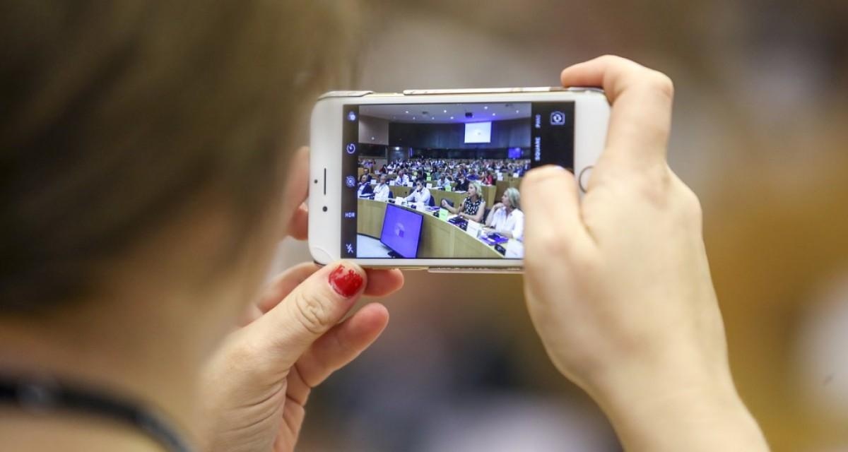 El Parlament Europeu va aprovar el 2018 una resolució sobre la igualtat lingüística a l'era digital.