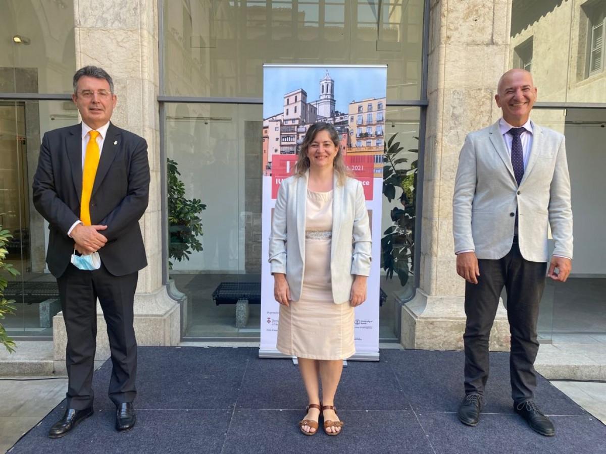 Miquel Noguer, Maria Puig i Quim Salvi han presentat els congressos a Girona.
