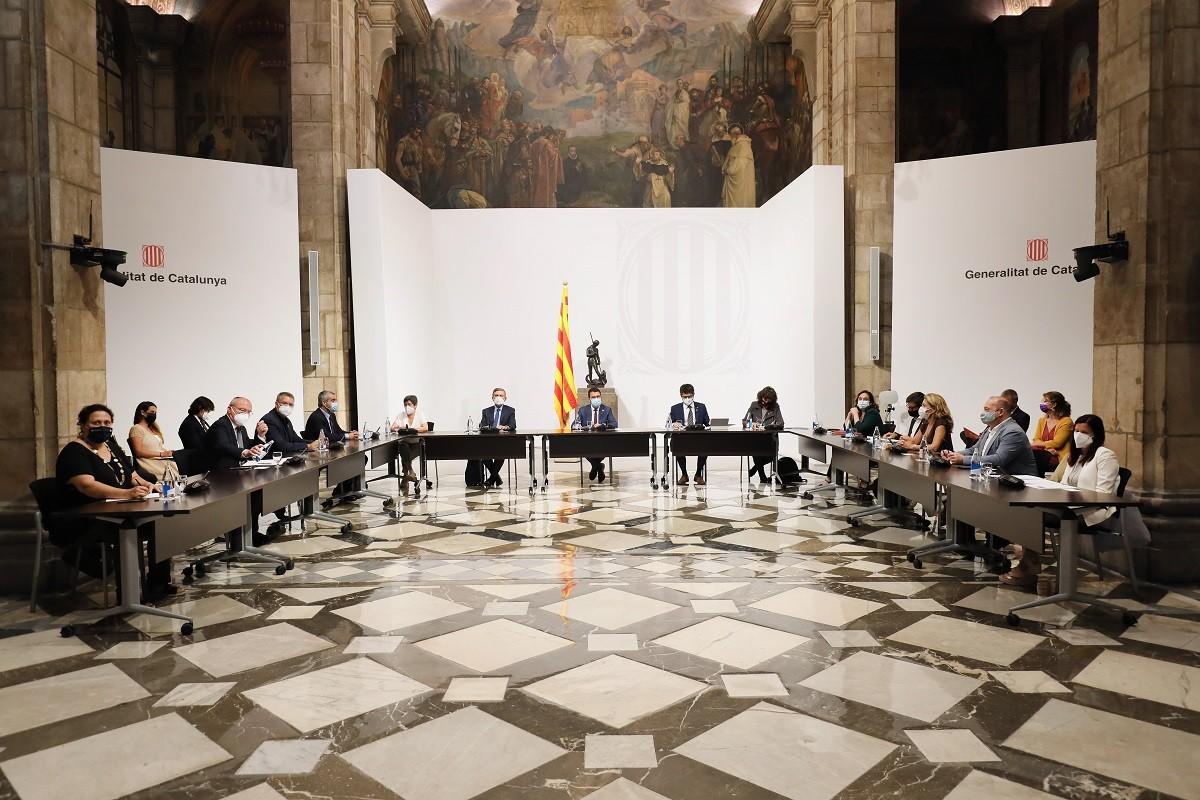 Reunió de la taula institucional de treball