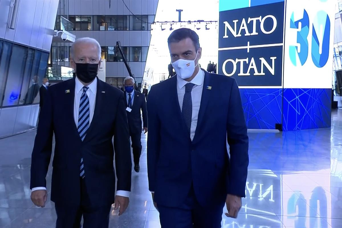 Pedro Sánchez amb Joe Biden a Brussel·les.