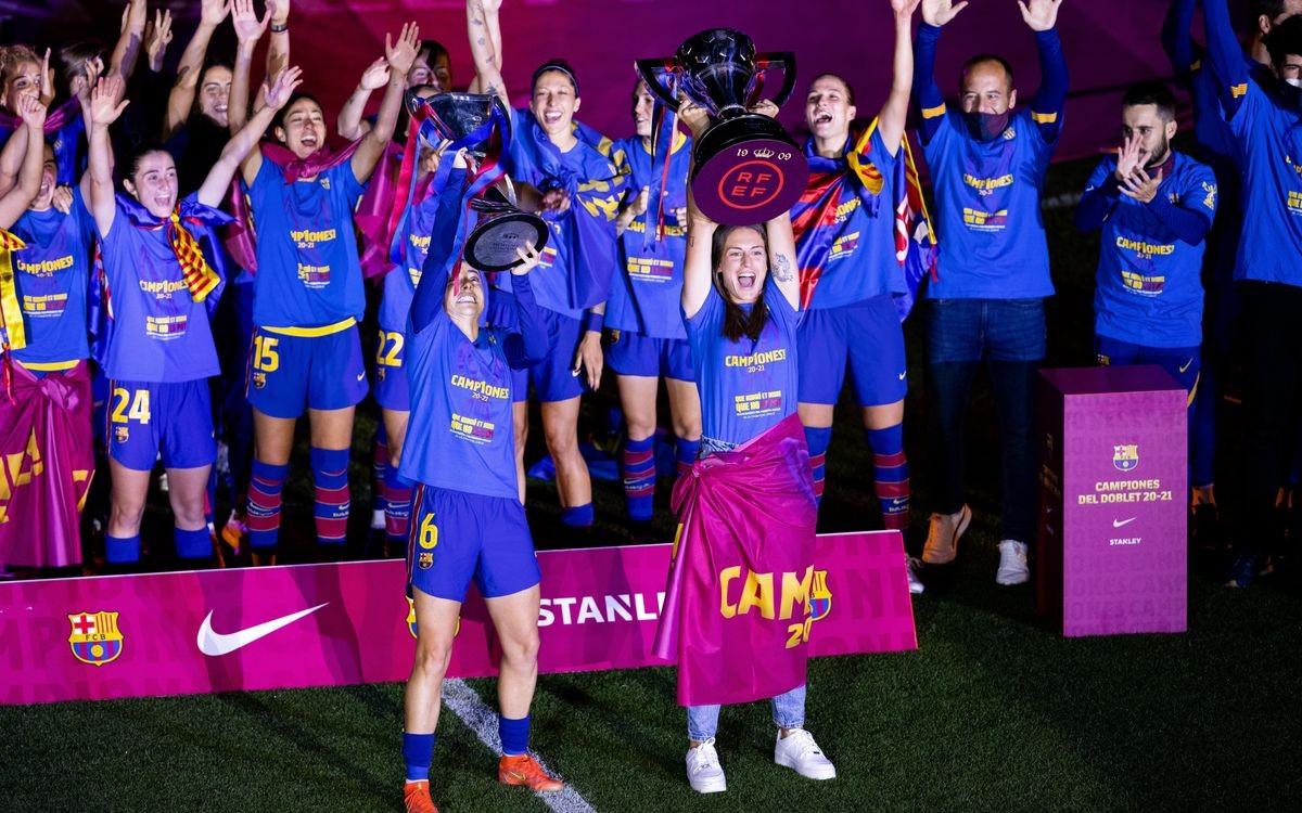 Celebració del triplet del Barça, amb Lluís Cortés aixecant els braços