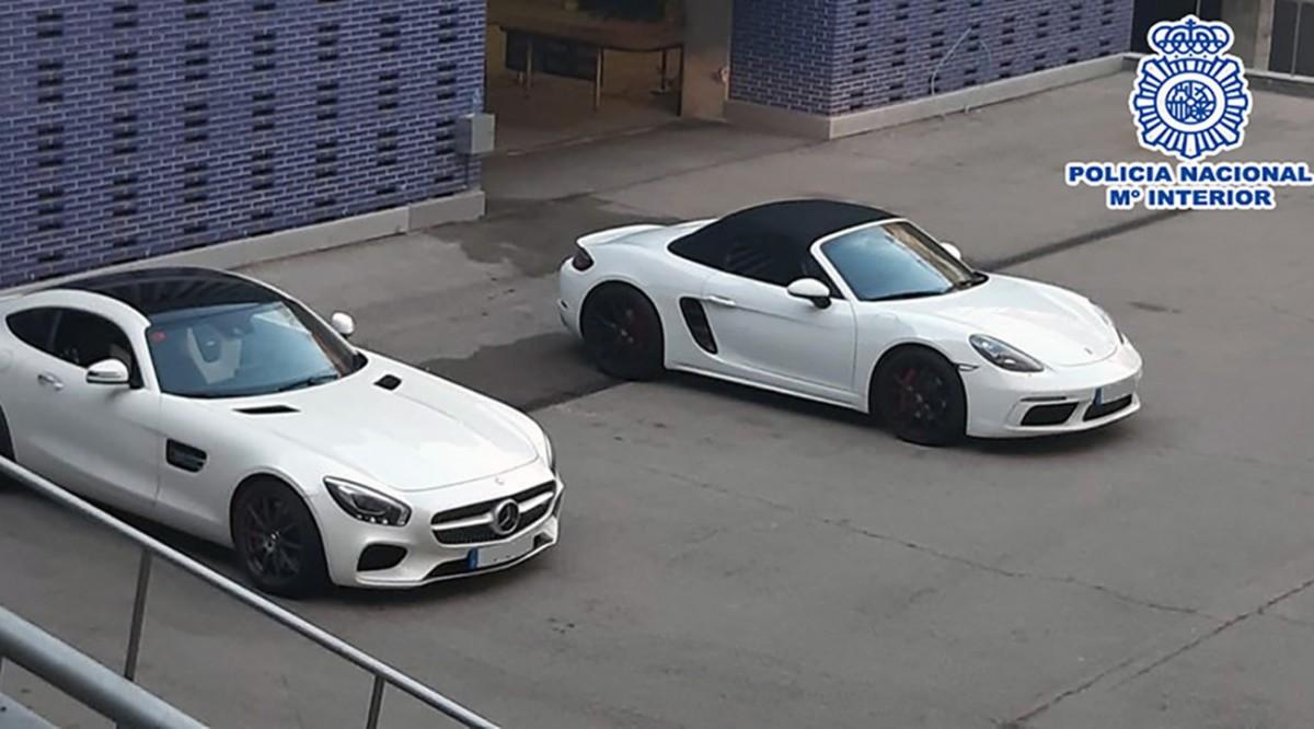 Els dos vehicles de gamma alta