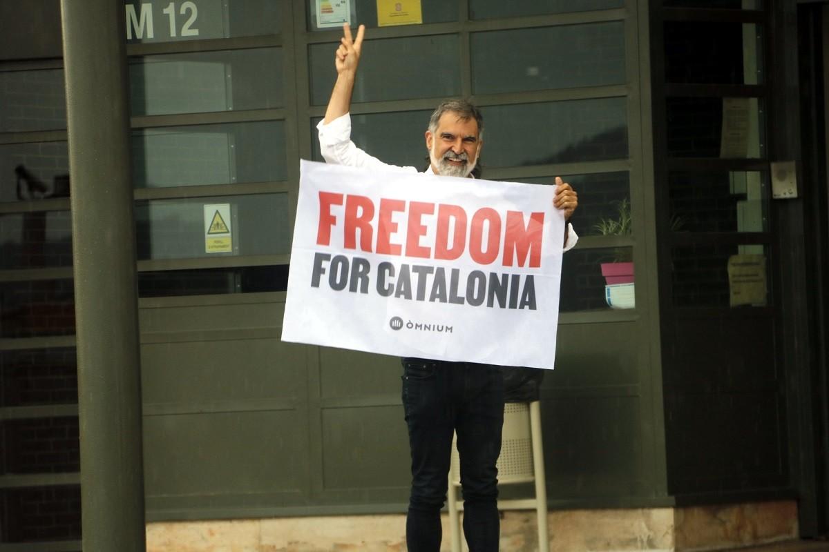Jordi Cuixart, abans de signar l'indult del govern espanyol per sortir en llibertat de la presó