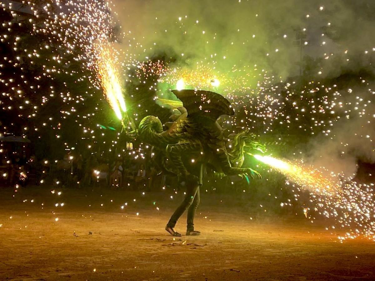 Una imatge de l'acte d'aquesta nit de Sant Joan