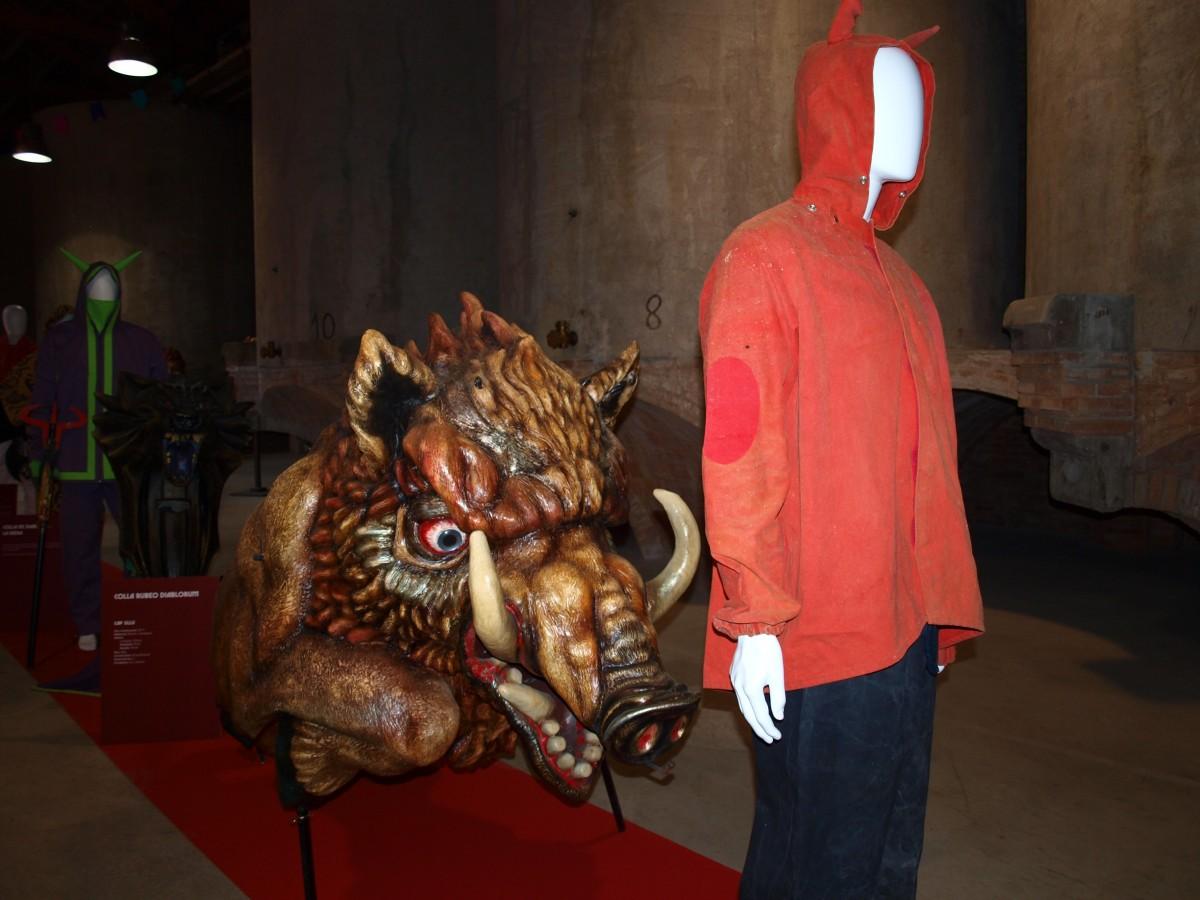 Un Diable de Rubí amb l'Antònia, el nou porc senglar de la Colla