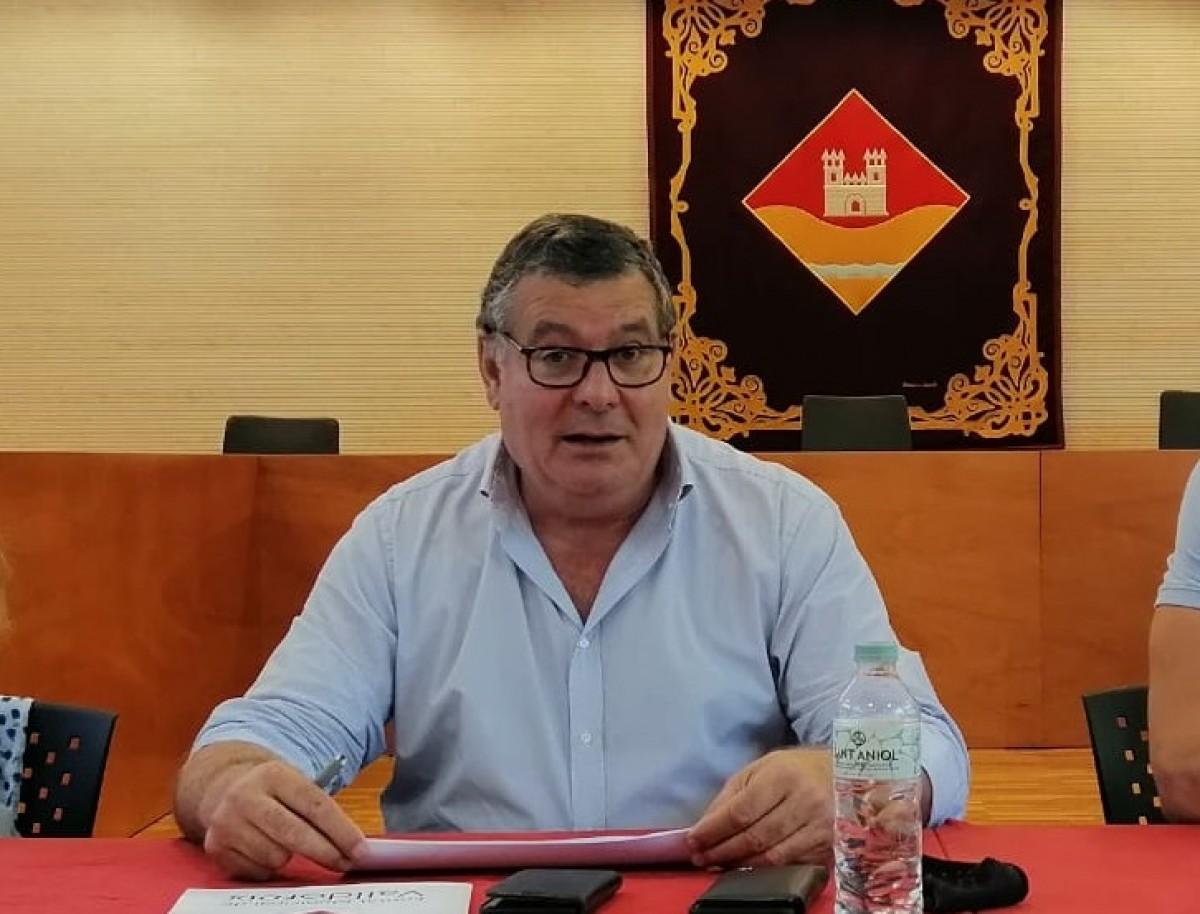 El president de l'EMD de Valldoreix, Josep Puig, es defensa de les acusacions de l'oposició