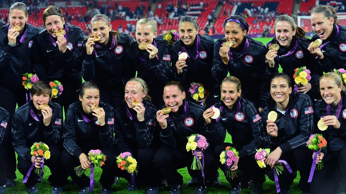 La selecció de futbol dels Estats Units, amb la medalla d'or a Londres 2012