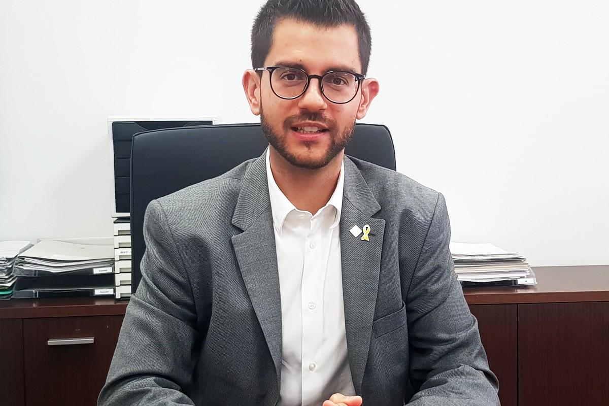 En nou president del Consell Comarcal, Eloi Hernàndez, al seu despatx