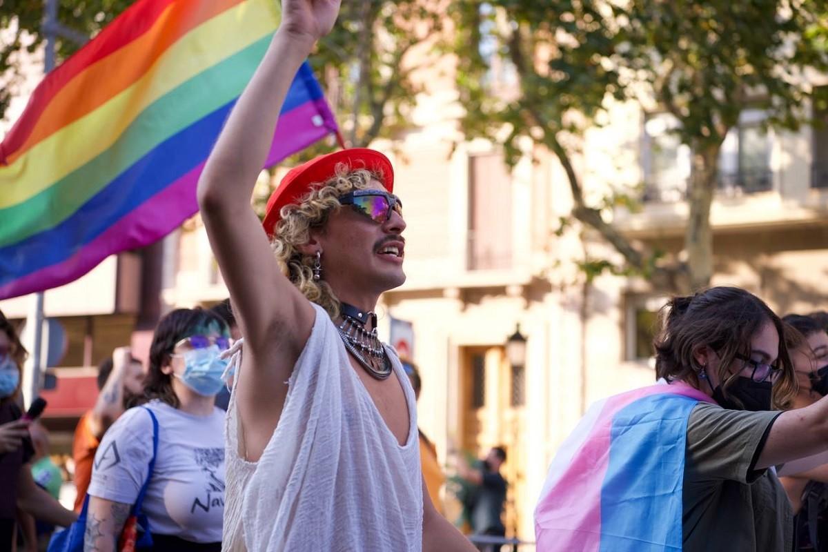 Manifestació contra les agressions LGTBIfòbiques al passeig de Gràcia