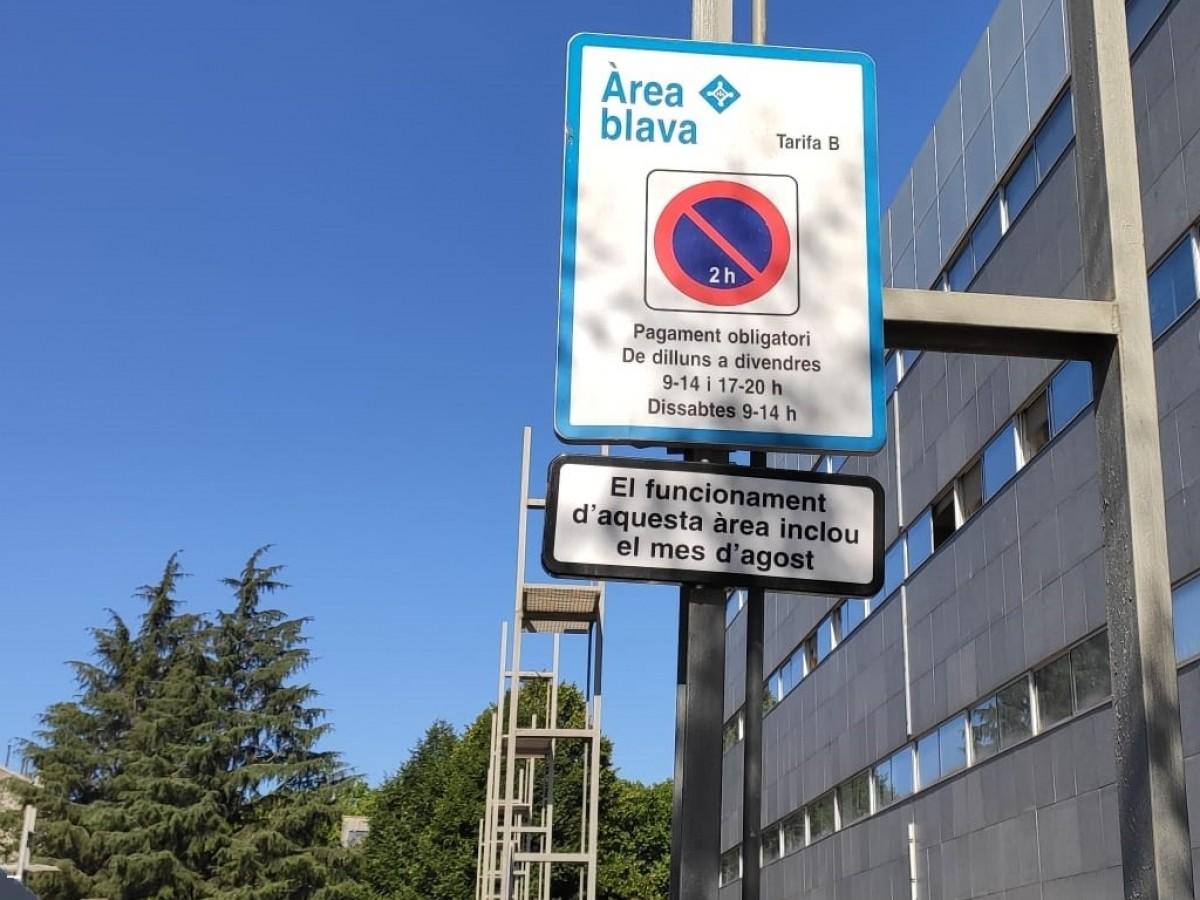 Àrea blava d'estacionament de Sant Cugat.